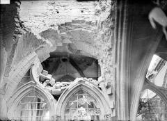 Cathédrale Notre-Dame - Vue intérieure du transept sud : voûte de la 1e travée