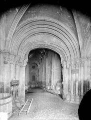 Eglise Saint-Philibert - Portail de la façade ouest