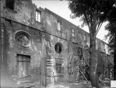 Ancienne abbaye Saint-Bénigne - Dortoir des moines bénédictins : façade est