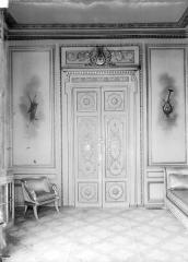 Palais de l'Elysée - Porte, fauteuil et causeuse