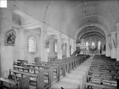 Eglise à l'exclusion de la façade et du clocher - Vue intérieure de la nef vers le nord-est