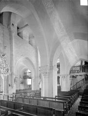Eglise et son cimetière - Vue intérieure de la nef et du bas-côté nord, vers le sud-ouest