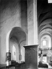 Eglise Saint-Vorles - Vue intérieure de la nef et du bas-côté sud, vers l'ouest