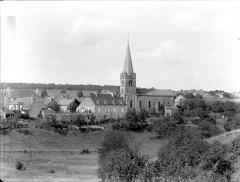 Eglise - Vue générale prise du sud