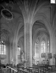 Eglise Saint-Pierre-Saint-Paul - Vue intérieure du choeur, vers le nord-est