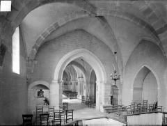 Eglise - Vue intérieure du choeur, vers le nord-ouest