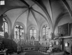 Eglise - Vue intérieure du choeur