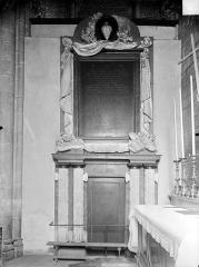 Eglise Saint-Michel - Monument de Fyot de la Marche
