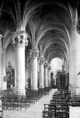 Cathédrale Saint-Maclou - Vue intérieure du bas-côté nord