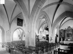 Eglise Saint-Antoine - Vue intérieure du bas-côté sud et de la nef