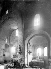 Eglise Notre-Dame - Vue intérieure du choeur et de l'absidiole sud