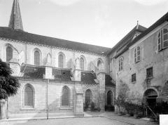 Eglise Saint-Anatoile - Façade sud