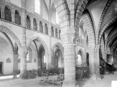 Eglise Saint-Anatoile - Vue intérieure du bas-côté sud et de la nef