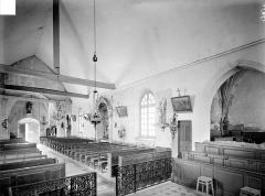 Eglise Sainte-Madeleine - Vue intérieure de la nef, vers le nord-ouest