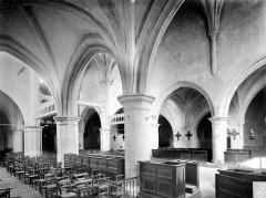 Eglise - Vue intérieure des nefs vers le nord-ouest