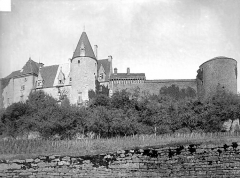Château de Châteauneuf, actuellement musée - Ensemble ouest