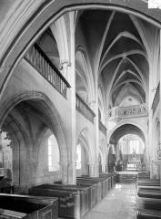 Eglise Saint-Genest - Vue intérieure de la nef vers le nord-est