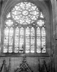 Ancienne cathédrale Saint-Etienne - Vitrail du transept sud