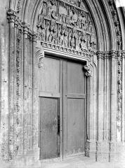 Abbaye Saint-Germain - Portail du transept nord