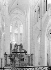 Abbaye Saint-Germain - Vue intérieure du choeur