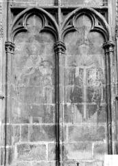 Ancienne cathédrale Saint-Etienne - Peinture murale dans les arcatures du transept sud : saint Jean-Baptiste et un saint évêque