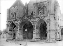 Eglise Notre-Dame - Façade ouest : Porche