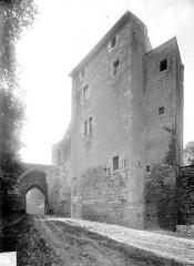 Château - Entrée