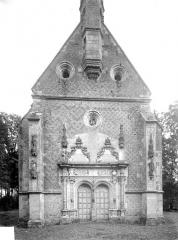 Château - Chapelle : Façade ouest