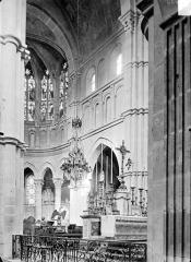 Eglise Notre-Dame et son presbytère - Vue intérieure du choeur, vers le sud-est