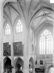 Eglise Notre-Dame - Vue intérieure du transept nord