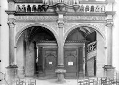 Eglise Notre-Dame - Tribune et buffet des orgues : Partie basse vue de face