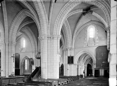 Eglise Notre-Dame - Vue intérieure du bas-côté nord et de la nef, vers le sud-ouest
