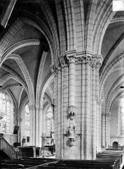 Eglise Notre-Dame - Vue intérieure du bas-côté sud et de la nef, vers le nord-est