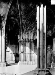 Eglise Notre-Dame - Porche : Vue intérieure vers le nord-est