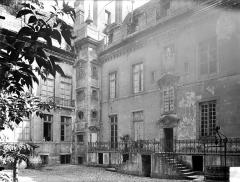 Hôtel de Vogüé - Cour intérieure
