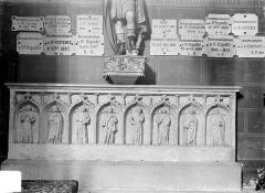 Eglise Notre-Dame - Tombeau de Henri de Longwy, mort en 1396