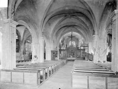 Eglise Saint-Loup - Vue intérieure de la nef vers le choeur