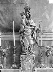 Eglise Saint-Hippolyte - Autel, la Vierge à l'Enfant