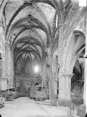 Ancien couvent des Jacobins - Vue intérieure de la nef vers le choeur