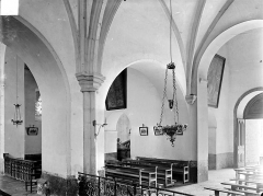 Eglise Notre-Dame de Mouthier-le-Vieillard - Vue intérieure de la nef : Grandes arcades côté sud-ouest