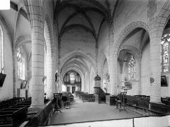Eglise Notre-Dame - Vue intérieure du choeur et de la nef, vers l'entrée