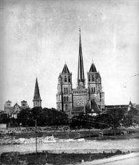 Cathédrale Saint-Bénigne - Vue générale côté ouest