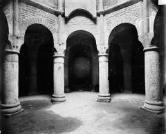 Cathédrale Saint-Bénigne - Crypte Saint-Bénigne : arcades