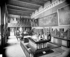 Palais des Ducs et des Etats de Bourgogne - Grande salle des tombeaux