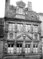 Maison dite des Cariatides ou Maison Pouffier - Façade sur rue