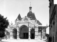 Eglise Notre-Dame et son presbytère - Ensemble ouest