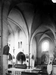 Eglise - Vue intérieure du transept vers le nord-ouest