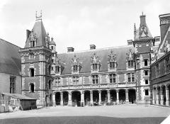 Château de Blois - Aile Louis XII, côté cour : Vue d'ensemble