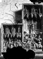 Ancien prieuré Saint-Martin d'Ambierle - Retable de la Passion donné par Michel Chanzy en 1476. Haut-relief : Scènes de la Passion