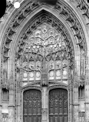 Cathédrale Saint-Pierre - Portail du transept nord : tympan